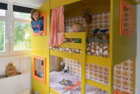 Детская в виде домика det68280 по индивидуальным размерам на заказ, материалы из лдсп мдф расцветка — жёлтый зелёный интернет магазине mebelblok.ru