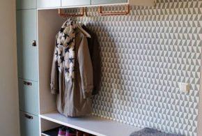 Прихожая pri23860 по индивидуальным размерам на заказ, материалы из лдсп мдф расцветка — белый серый в интернет магазине mebelblok.ru
