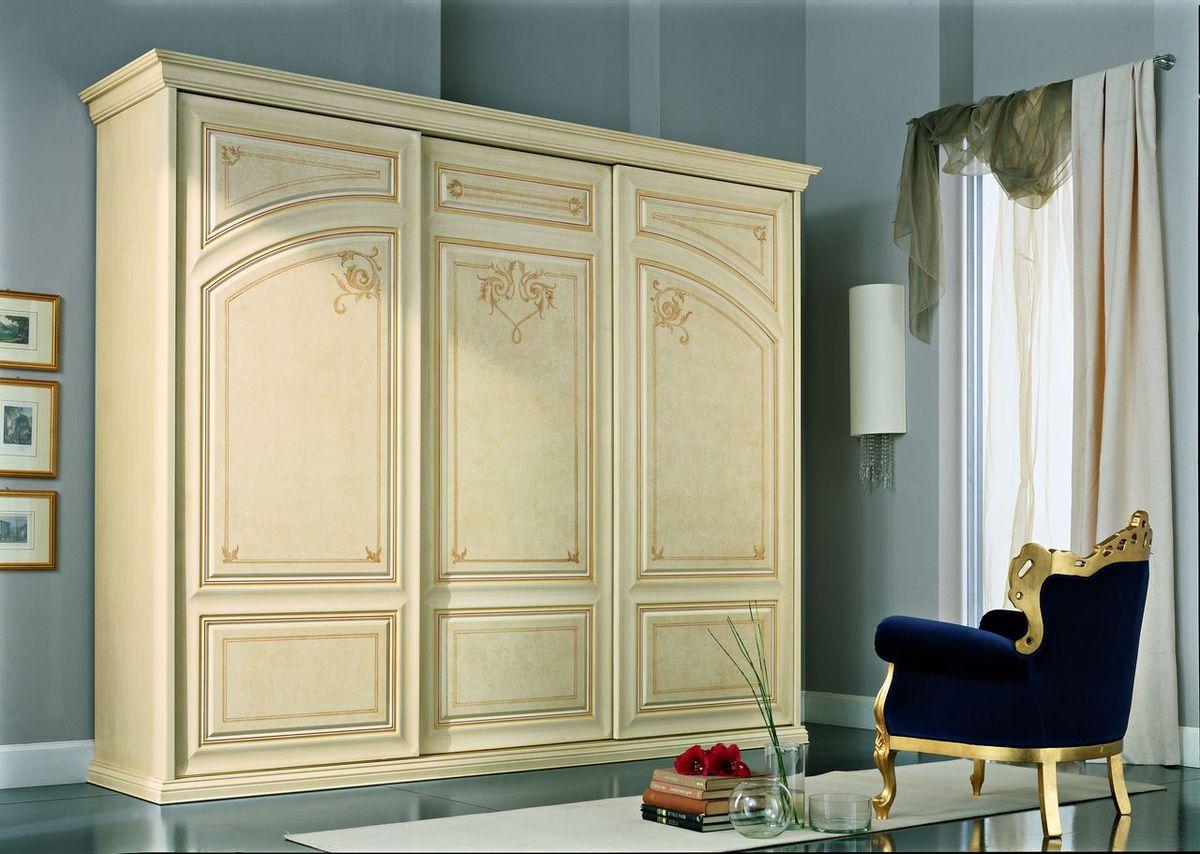 Шкафы для спальни в классическом стиле фото